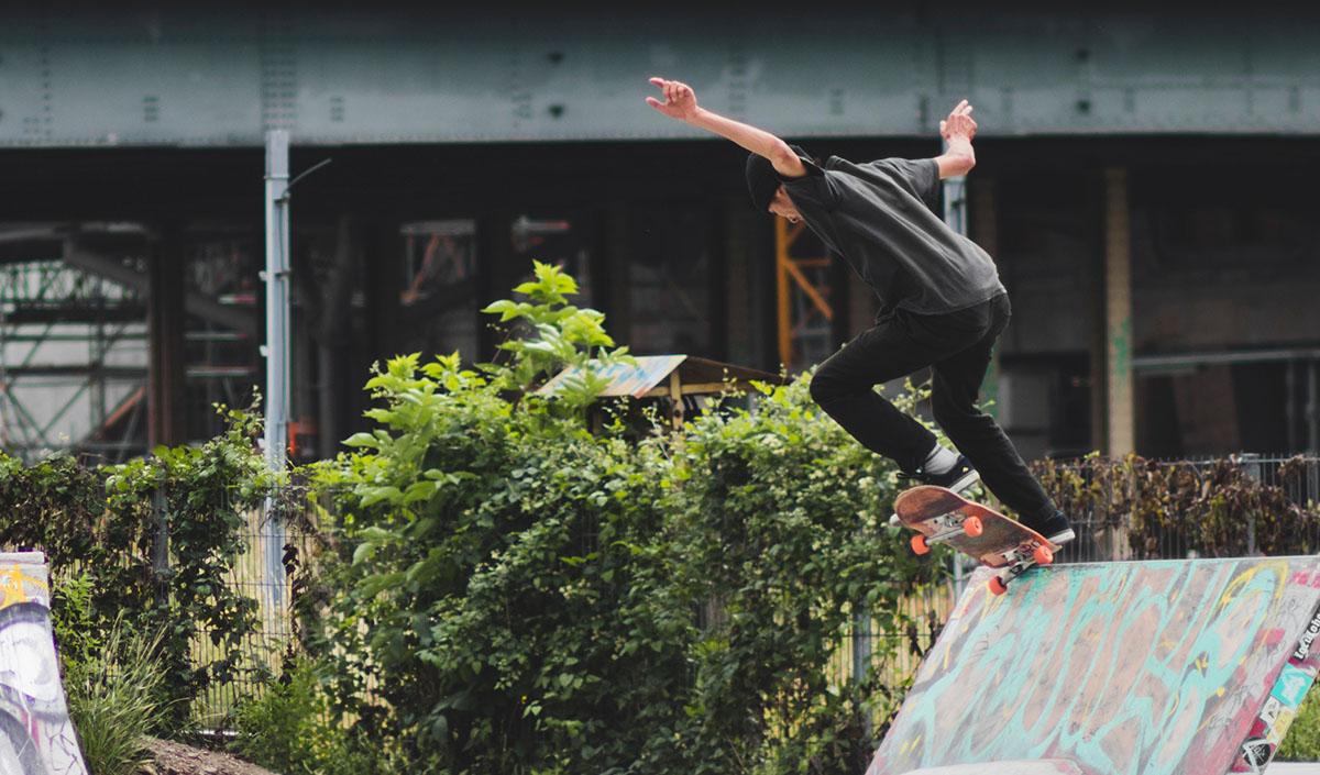 best skateboard trucks header